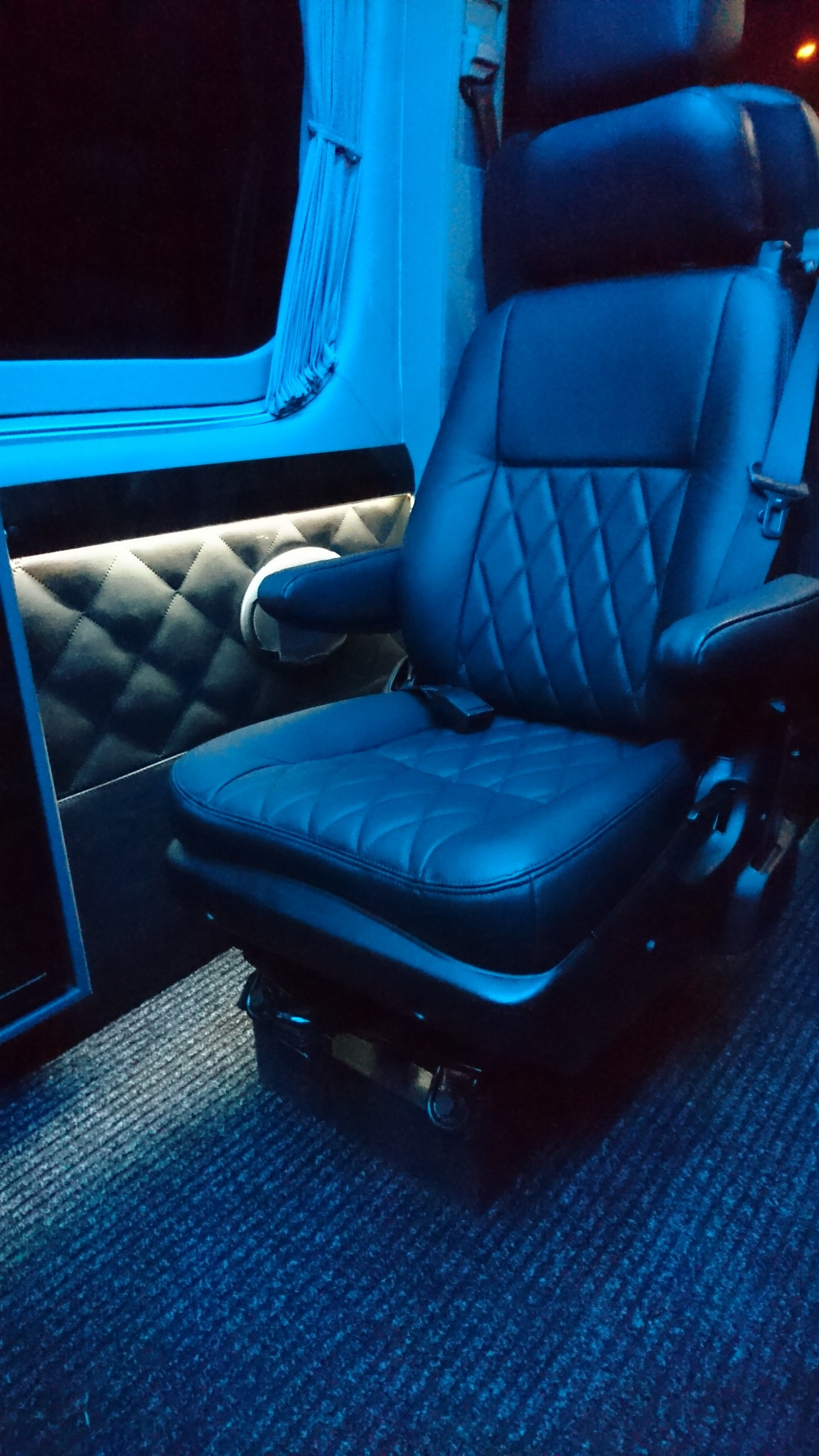 Mercedes Sprinter Business Long Nowość Visit Bus